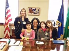 From left to right: Grade 3 teacher Lorraine Clare, Sophie Nguyen, Mayor Strickland, Isabella Mulhall and Amelia Herrmann-Scholbe
